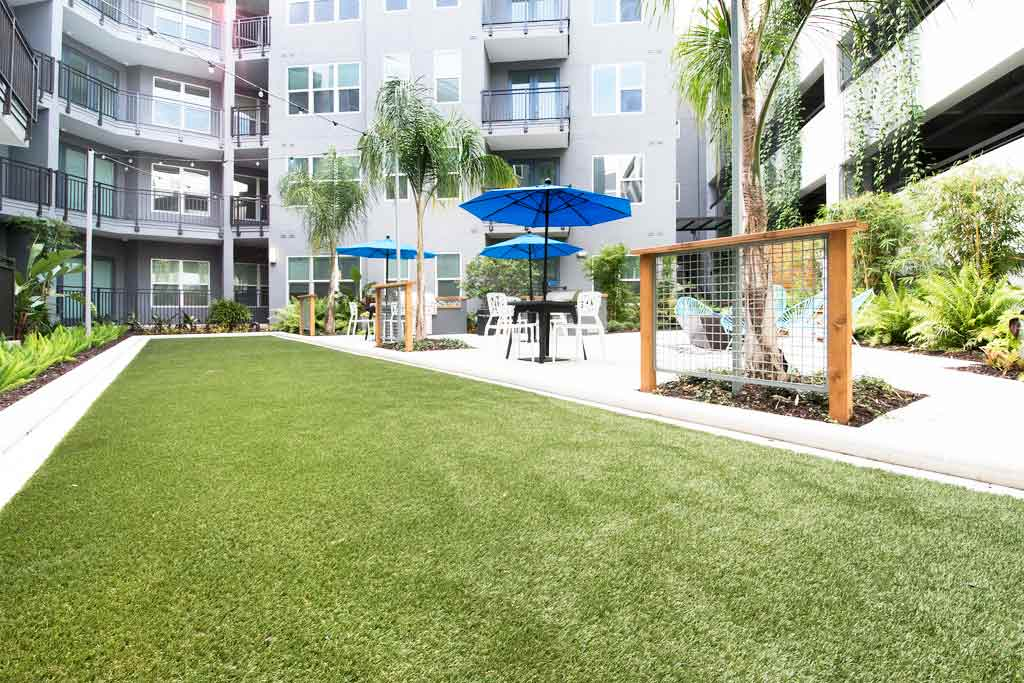 Crescent Westshore Luxury Apartments in St. Petersburg, Florida, by ForeverLawn of Tampa Bay